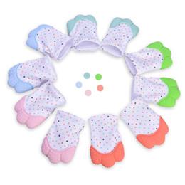 Vente en gros 5 couleurs silicone anneau de dentition bébé gants de sucette bébé gants de dentition nouveau-né allaitement mitaines enfants anneau de dentition à mâcher perles d'allaitement NC168