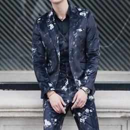 Large Lapel Suits Australia - Large Size XS-4XL Men's 3-Piece Suit Notched Lapel Floral One Button Modern Blazer Vest Pants Sets Nightclub Fashion Suits Set