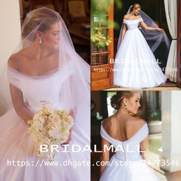 Beach portrait dresses online shopping - Bohemian Portrait Elegant White Tulle Wedding Dresses A Line Boho Beach Bridal Gowns Sweep Train Zipper Back Custom Robe de mariée