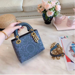 $enCountryForm.capitalKeyWord Australia - women shoulder bag Stylish style fashion fairy bag high quality lady handbags bags Popular in the world size 18 cm