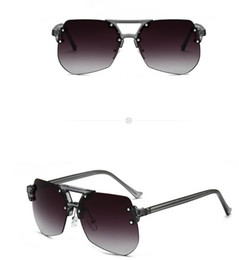 Glasses Protection Yellow Australia - 1pcs new Original Brand Designer Fashion Men and Women s222133 Sunglasses UV400 Protection Sport Vintage Glass lenses