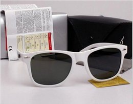 Glasses Sun Protection Australia - Outdoor Eyewear Fashion Men and Women Sunglasses Protection Sport Vintage Sun glasses Retro Eyewear With free box and cases