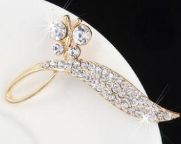 Bridal Brooch Flower UK - 12pcs lot Wholesale Crystal Rhinestone Bridal brooches Bridesmaid Wedding Party prom Flowers Fashion Costume Pin Brooch Jewelry gift