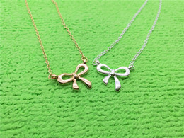 gold pendant korea Australia - 1 small bow-knot charm pendant Necklace New Korea Super Sweet Bow Necklace Cute Girl Simple Clavicle Beautiful Pendant necklace Jewelry