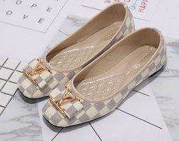 GgBrand Zapatos de mujer de gran tamaño 35-42 Huaraches Slide Diseñador de moda zapatos Zapatillas de deporte para el uso de zapato elegante damas pisos 36-42 en venta