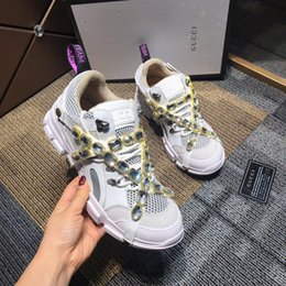 Discount trendy canvas shoes - Italy Luxurious Triple S Designers Low-top Make Old Sneaker Trendy Footwear Boots Mens Womens Lace Up Shoes Top Quality