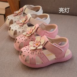 korean japan clothing NZ - Korean-style CHILDREN'S Shoes GIRL'S Sandals Princess Shoes Small CHILDREN'S Shoes 2019 Summer Fish Mouth Lighting 0-3 Years Old
