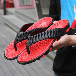 $enCountryForm.capitalKeyWord Australia - 2019 summer new men's flip-flops massage bottom angle slippers Korean version of the trend of non-slip sandals cross-border dedicated