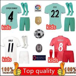 Vente en gros Nouveau KIDS KIT 2019 Real Madrid 4th EA Sports Jerseys 18 19 20 Accueil MODRIC MARCELO 2020 3rd VINICIUS JR KROOS Maillots de foot