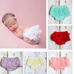 Infant Girls Ruffle Bloomers Australia - Ins baby girl designer clothes Infant Ruffle Shorts lace PP shorts Baby Bloomers cute cotton Girls Shorts Newborn pants kids pants A2542