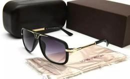 Designer Cheap Glasses Australia - Hot Cheap Sunglasses for Women and men Outdoor Sport Cycling Sun Glass Eyewear Brand Designer Sunglasses Sun