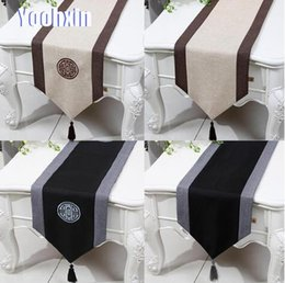 modern table cloths 2019 - Modern lace bed Table Runner flag cover Wedding table cloth dining Christmas party embroidery linen tablecloth placemat