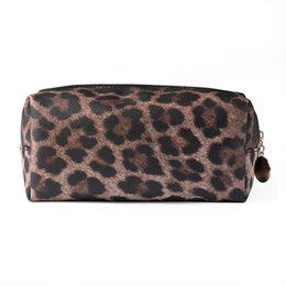 $enCountryForm.capitalKeyWord Canada - Women Makeup Zipper Multifunctional PU Leather Cosmetic Bag Portable Purse Clutch Travel Large Capacity Leopard Print Practical