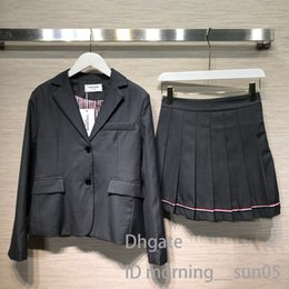 $enCountryForm.capitalKeyWord Australia - Womens suit skirt Designer winter new fashion custom-made buttons College wind pleated skirt suit womens