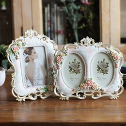 Discount free photo picture frames - Decoration Photo Frame Holder Wedding Picture Resin Frame Act Painting Vintage Photo Frame, Wedding Birthday Gift, Free