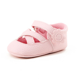 sandals for toddler girls 2019 - Delebao 2017 Newdesign Summer Stripe Fashionable Pink Baby Girl Sandals For 0-18 Months Inant Toddler Sandals cheap sand