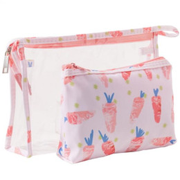 $enCountryForm.capitalKeyWord Australia - famous Designer Brand Logo PVC Women's Mini Makeup Bags 3-pieces Set Storage Cases Waterproof Zipper Pencil Bag Cosmetic Bags for women