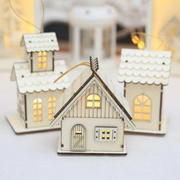 mini wood christmas trees Australia - Mini Wood House Hanging Decoration Christmas Tree Decor Ornaments Battery Operate Cute House With Light Children Xmas Gift