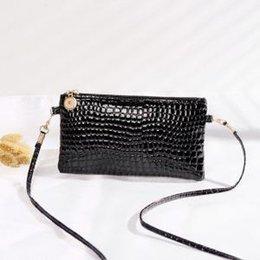 $enCountryForm.capitalKeyWord NZ - Women handbag flap crocodile printed patent leather single-shoulder bag solid colors messenger bag Key cell phone coin purse LJJV287