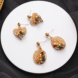 $enCountryForm.capitalKeyWord Australia - AOMU New Design Metal Gold Irregular Mesh Line Round Love Heart Crystal Square Bead Stud Earrings for Women Girl Wedding Jewelry