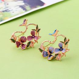 EnamEl flowEr broochEs online shopping - Elegant Female Colorful Enamel Flower Bird Brooch Pin Fashion Jewelry Animal Scarf Clip Clothing Accessories in box