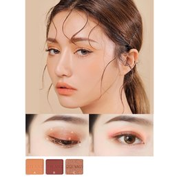$enCountryForm.capitalKeyWord Australia - Hot new product 16 color matte flash glamorous eye shadow palette belongs to glitter pigment eye shadow