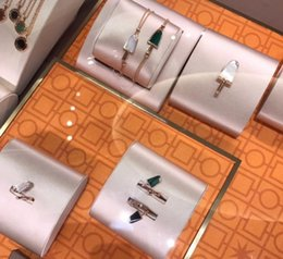 Liebe mein überzogen mit funkelnden kristall herzform weizen kette schmuck geschenk kreuz armbänder für frauen marke