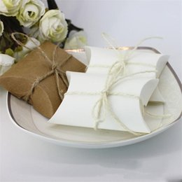 $enCountryForm.capitalKeyWord Australia - Packing Boxes Exquisite Candy Box Cowhide Pillow Shape Matching Rope Wedding Party Favour Guest Gift 0 18hb