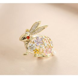 African Oils Wholesale Australia - Luxury Animal Cute Rabbit Badges Crystal Drop Oil Brooches For Women Girl