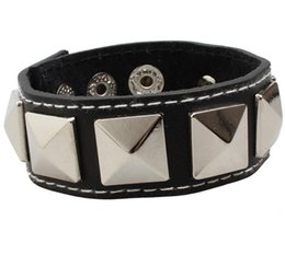 jewelry identification UK - Free Shipping Mixed pcs Men's Women's Leather Bracelet Leather Skull Star Punk Hip-Hop Bracelet Jewelry Black For Stage Club 015