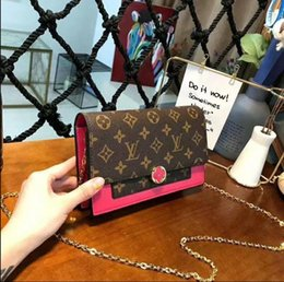 luxury chains Australia - 2019 Hot solds Designer Handbags Womens Designer Luxury Crossbody Bags Female Shoulder Bags Leather Chain Designer Luxury Handbags Purses 55