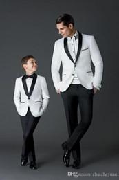 $enCountryForm.capitalKeyWord Australia - Black White Wedding Men Suits Slim Fit Bridegroom Tuxedos For Men Two Pieces Groomsmen Suit Cheap Formal Business Suit(Jacket+pant)