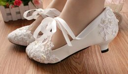 $enCountryForm.capitalKeyWord Australia - Hot sell white flat pearls lace crystal Wedding Bridal low heels shoes large size 42