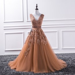 princess one piece white dress Canada - Sexy V Neck Lace Long Prom Dresses 2019 New Tulle Beaded Appliques Princess Ball Gown Vintage Evening Dress Vestido De Festa
