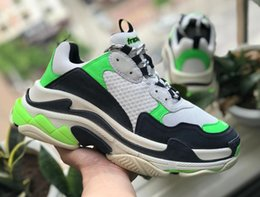 Cheap Leisure Shoes For Men Australia - aaParis 17FW Triple-S Leisure Shoes Luxury Dad Shoes Cheap Triple S 17FW Sneakers for Men Women Vintage Kanye Old Grandpa Trainer Outdoor