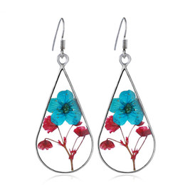 China Handmade Epoxy Resin Dried Flower Earrings Double-sided Drip Dried Flower Earrings Natural Dried Flower Handmade Jewelry supplier epoxy plant suppliers