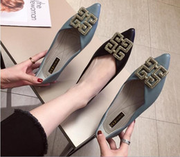 Korean wedding shoes online shopping - New women s Korean version fashion Wild Shallow Metal buckle Soft bottom Flat shoes Pointed single shoes