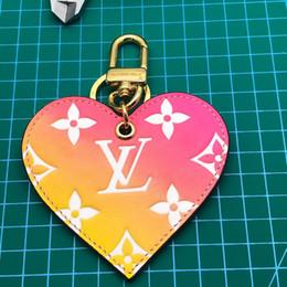$enCountryForm.capitalKeyWord NZ - Top Quality Luxury Designer keychain key chains Fashion Accessories Bag ornaments pendant bag car pendant gift box packaging M67435