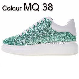Casual Leather Soled Shoes Women Australia - New Season Designer Shoes Fashion Luxury Women Shoes Men's Leather Lace Up Platform Oversized Sole Sneakers White Black Casual Shoes sad-