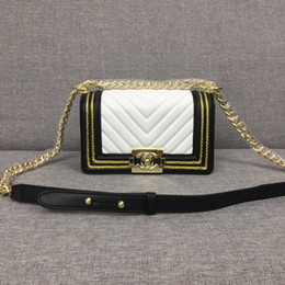 Best Design Handbags Australia - New Fashion Women's Shoulder Bags Genuine Leather And Best Quality Handbags original design