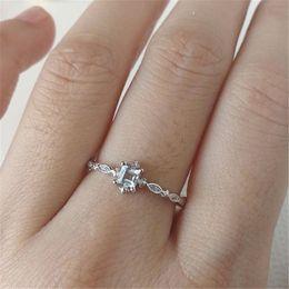 Bride Engagement Rings Australia - Elegant Woman Cystal Rings Engagement Wedding Ring for Bride Jewelry White Zircon Stone Fashion Couple Gift