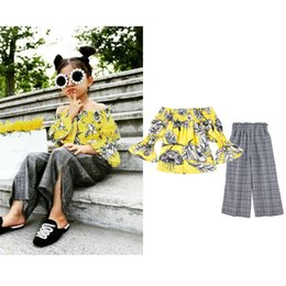 $enCountryForm.capitalKeyWord NZ - Children's suit European and American girls cotton chiffon yellow printed off-shoulder tops flared pants two-piece