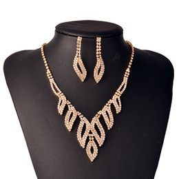 $enCountryForm.capitalKeyWord Australia - Fashion Dubai Gold Jewelry Sets for Women African Beads Set Jewelry Wedding Bridal Jewelry Crystal Necklace Earrings