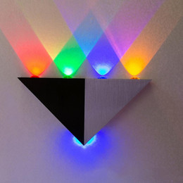 5W Triangle LED Wall Lamps Sconces Mirror lamp Backlight Decorative llight LED Corridor light background lamp bar KTV room led spotlight on Sale