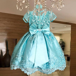 Girls beauty paGeant dresses blue online shopping - Beauty Blue Lace Little Girls Pageant Dresses With Short Sleeves Bow Back Pricess Kids Formal Prom Gowns