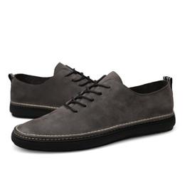 013e274678 2019 Novos Homens Confortáveis tendência Derby Sapatos Básicos Vestido  Formal Sapatos De Couro Da Moda Europa Luxo Gentry Estilo Grande Tamanho  36-46