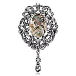 AfricAn heAd ties online shopping - Women Brooches Retro Alloy Gold Plated Diamond encrusted Abalone Shell Beauty Girl Head Rainstone Pins Brooch for Dress Tie Suit