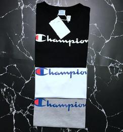 Großhandel 19ss Meister Herren Marke T-Shirt europäischen Streetfashion Männer Frauen Designer T-Shirts Sommer atmungsaktiv schwarz weiß lässig T-Shirt Streetwear