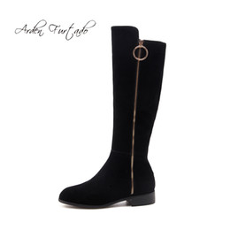 673b1fed637 Fashion European and American women s shoes in winter 2019 zipper pointed  toe knee high boots sexy elegant ladies boots concise