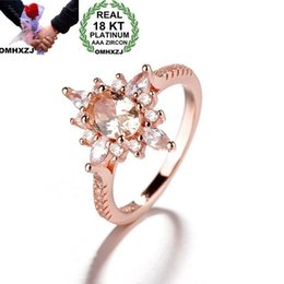 $enCountryForm.capitalKeyWord Australia - OMHXZJ Wholesale European Fashion Woman Man Party Wedding Gift Flower White Champagne Zircon 18KT Rose Gold Ring RR595